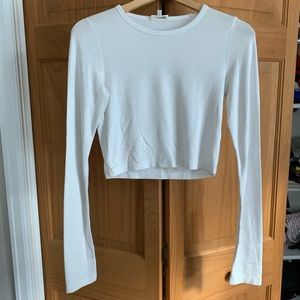 Aritzia Wilfred Free Off-White Long-sleeve CropTop